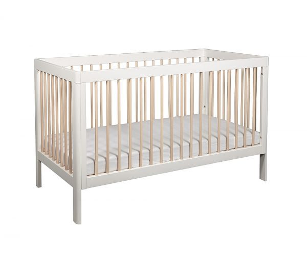 Troll Lukas cot in white with whitewash bars