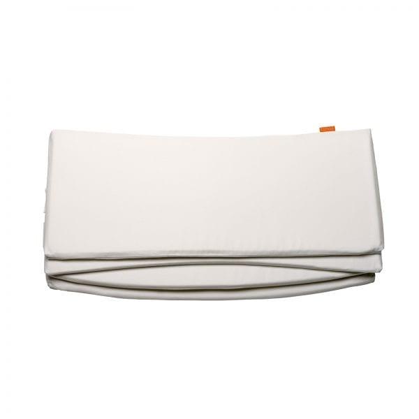 white Leander baby cot bumper in white