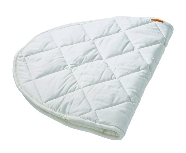 Leander quilted mattress protector