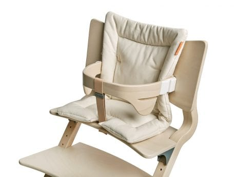 Leander wooden baby high chair with vanilla cushion