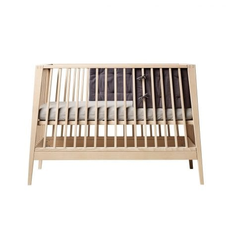 Linea by Leander cot in natural with grey bumper