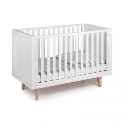 White Troll Scandy baby cot with white linen